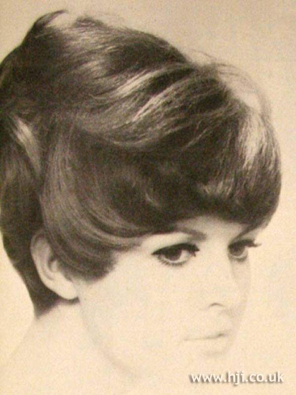 1968 brunette short1