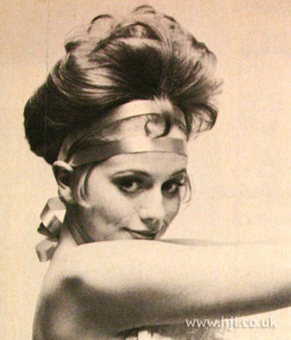 1968 brunette updo1