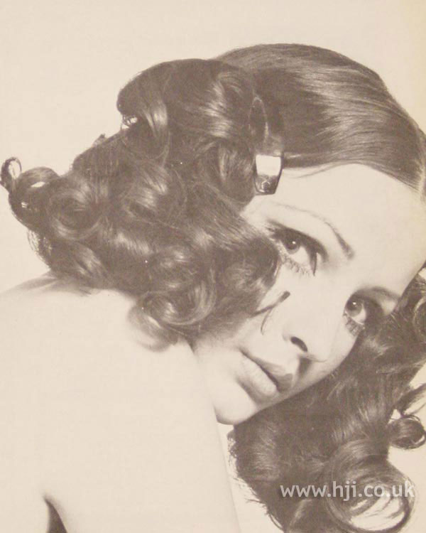 1968 curls bunches
