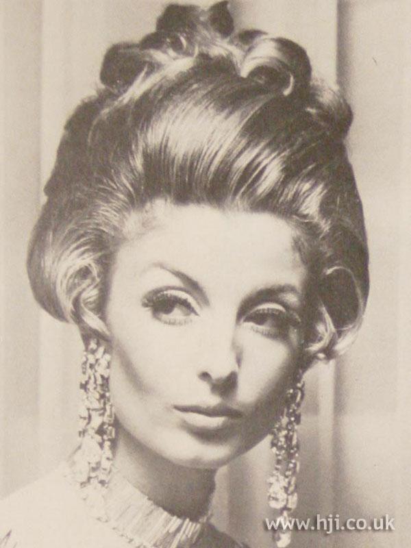 1968 glossy quiff
