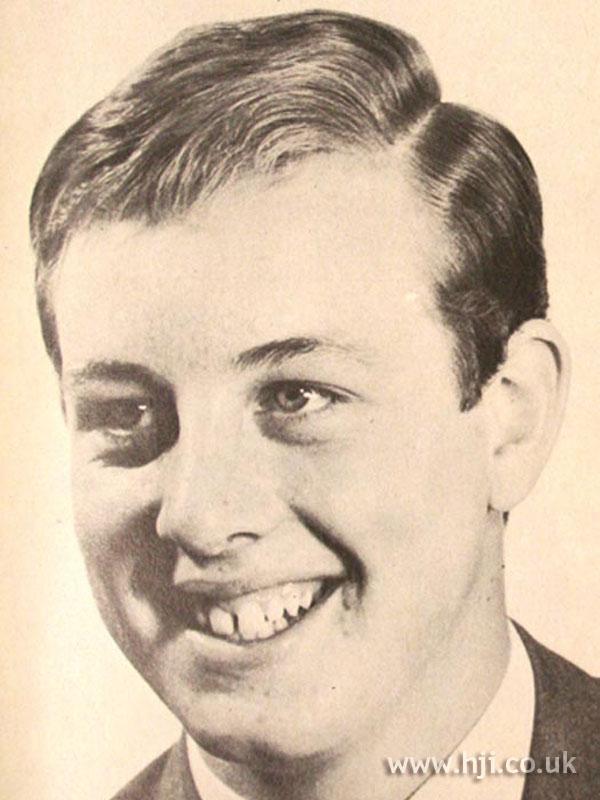 1968 men short2