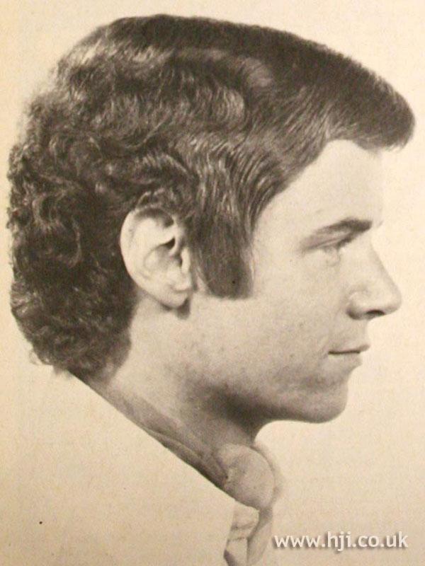 1968 men wavy hairstyle