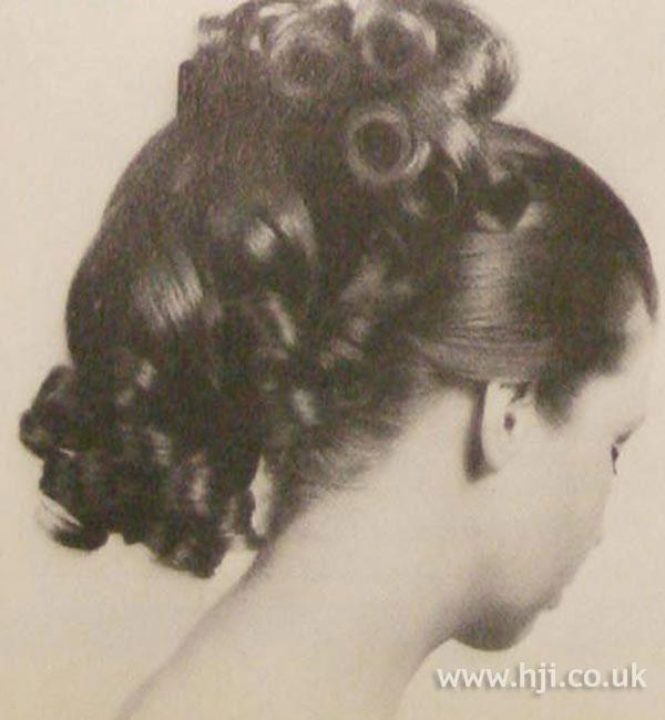 1968 ponytail curls