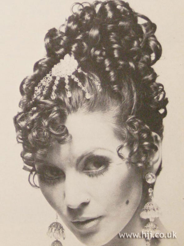 1968 ringlet curls