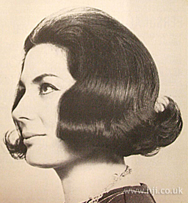 1960s flicked bob hairstyle