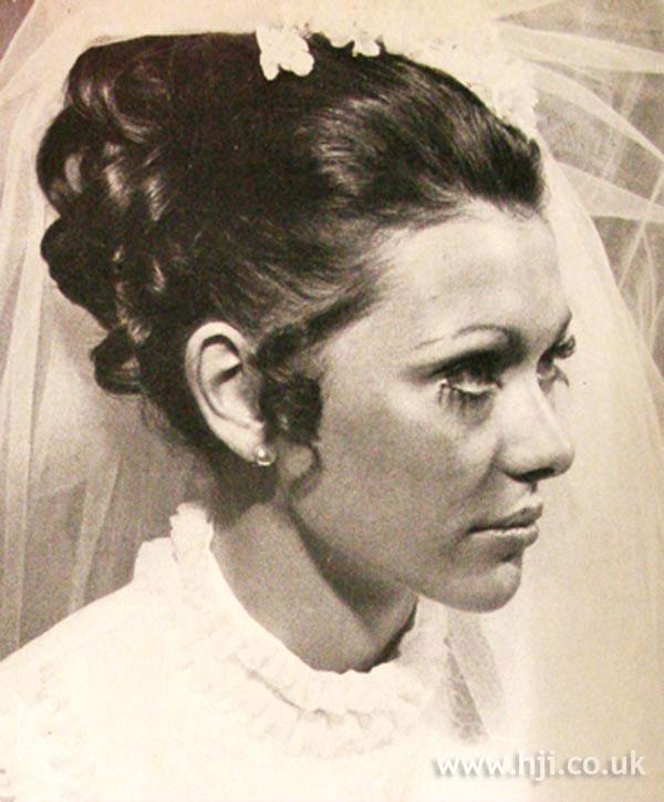 1969 bride curls