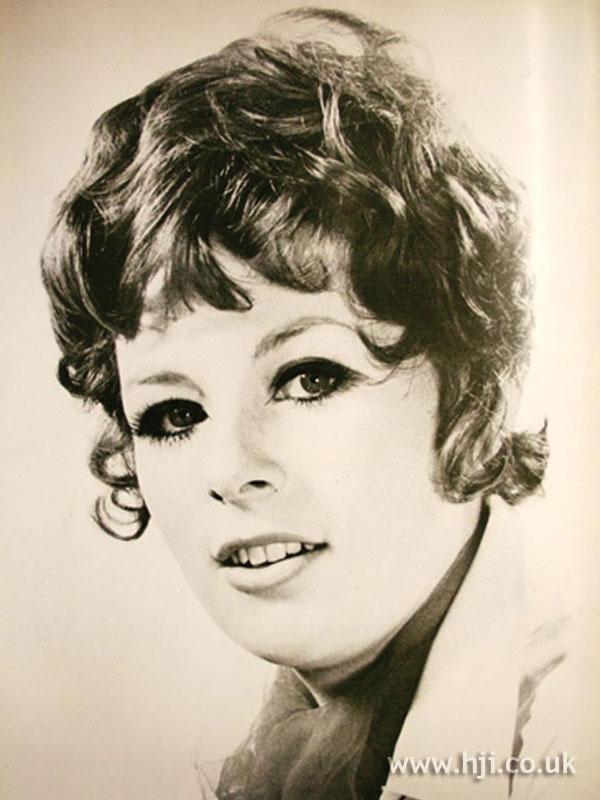 1969 brunette curls1