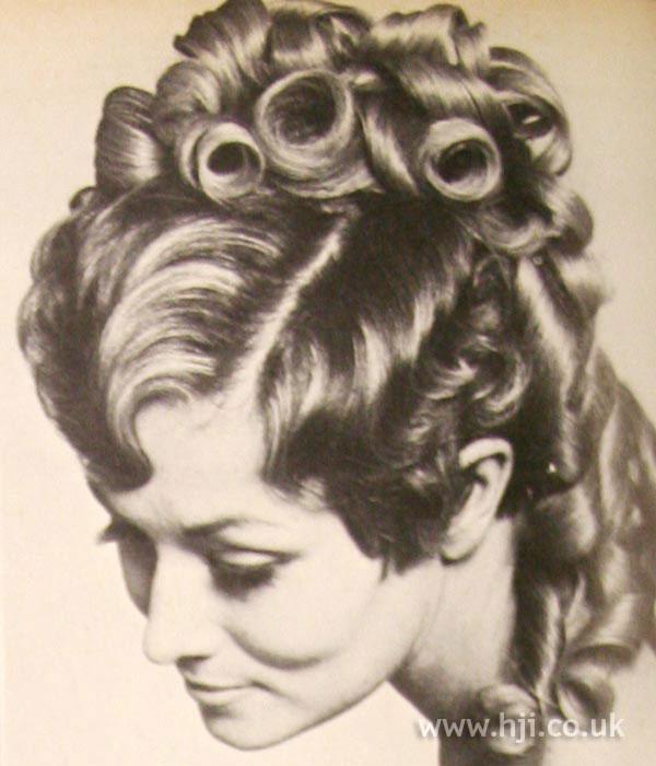 1969 brunette hairpiece
