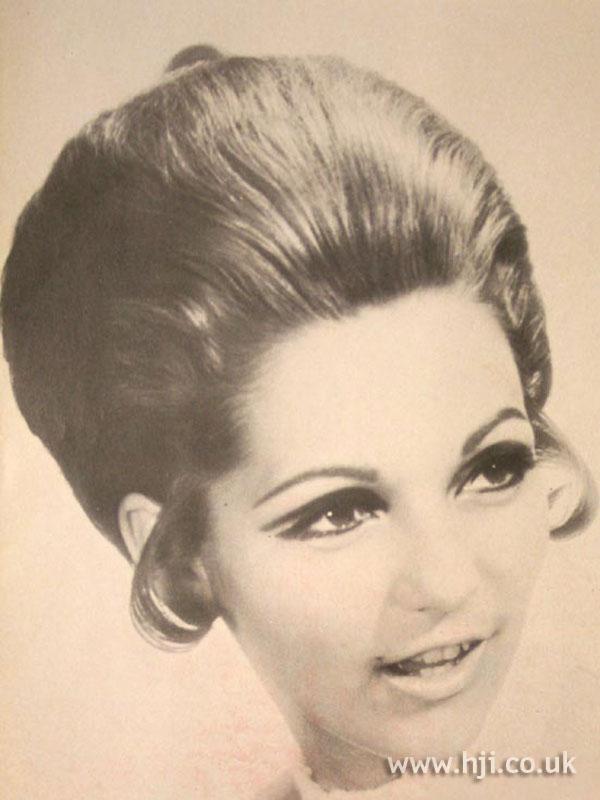 1969 brunette volume