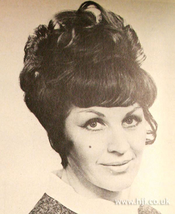 1969 curls updo2