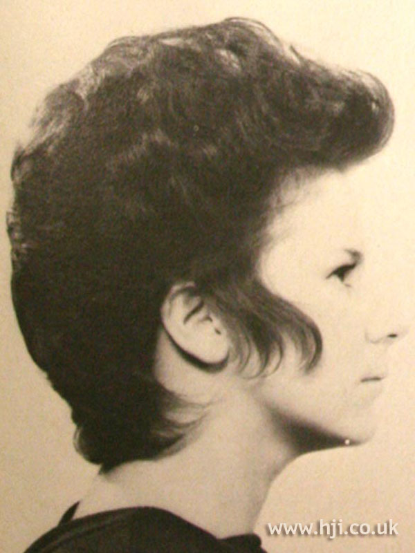 1969 short volume hairstyle