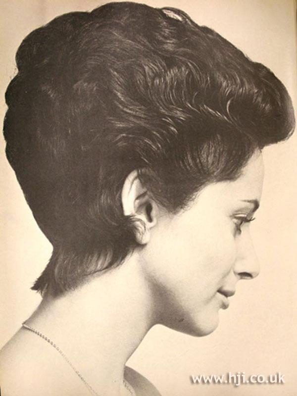 1960s volumised crop hairstyle