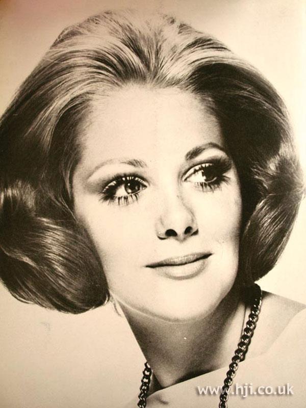 1969 symmetrical bob