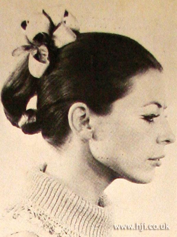 1969 twist accessories hairstyle