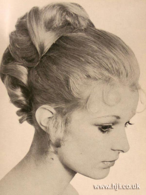 1969 updo blonde