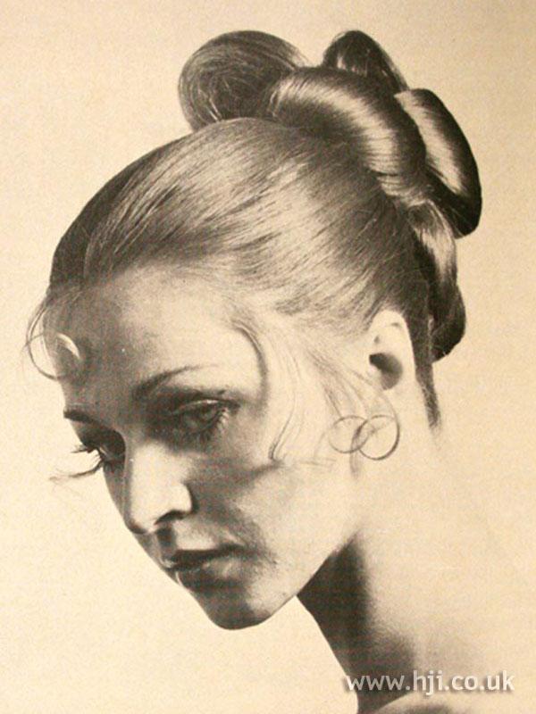 1960s chignon with curls