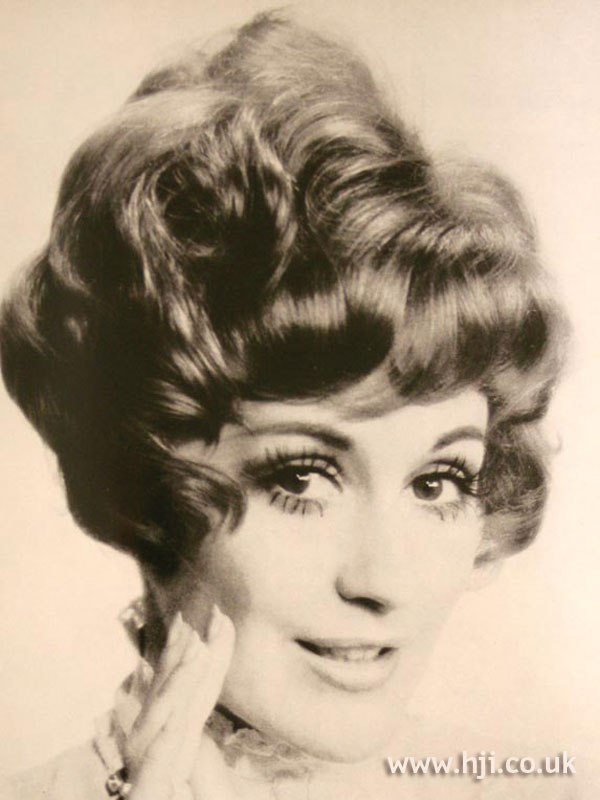 1969 updo waves
