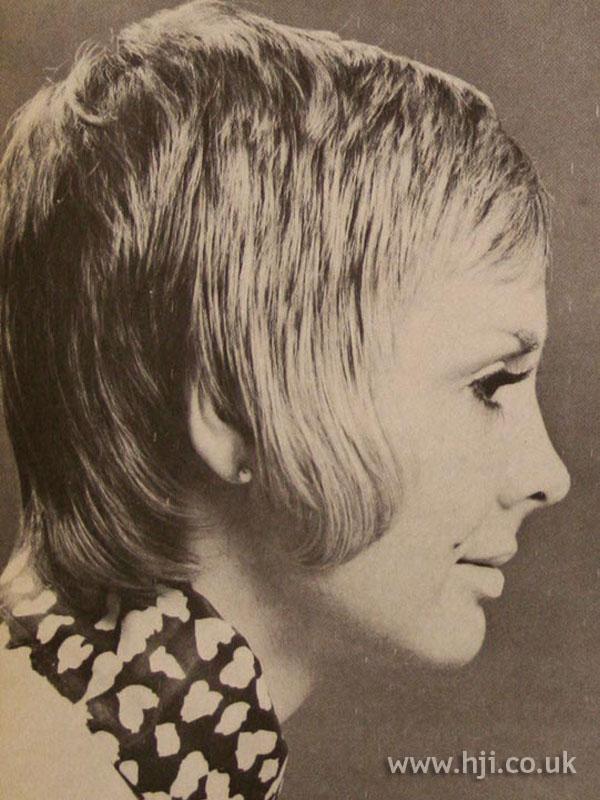 Layered 1970s women's crop