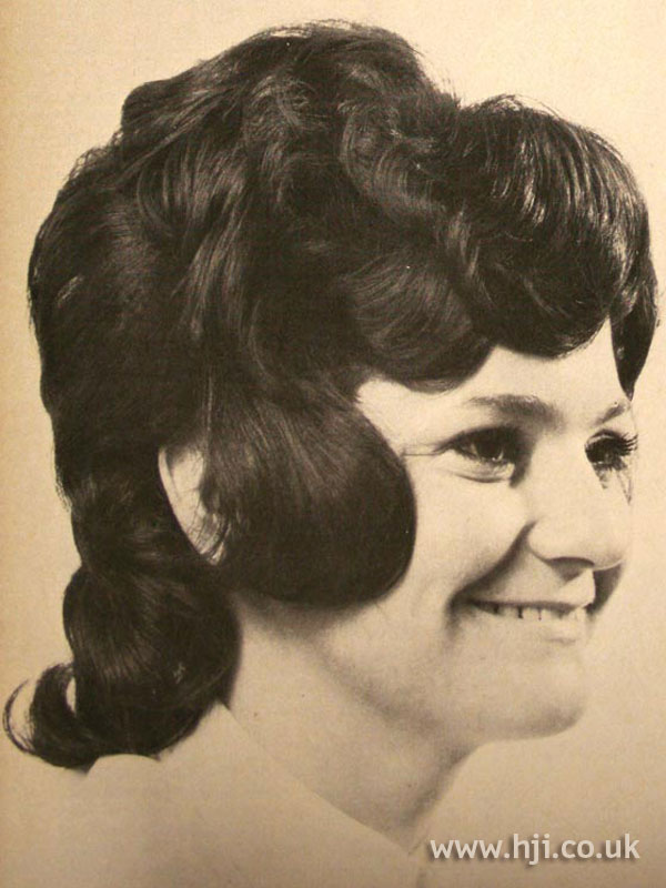 1970s brunette curly bouffant