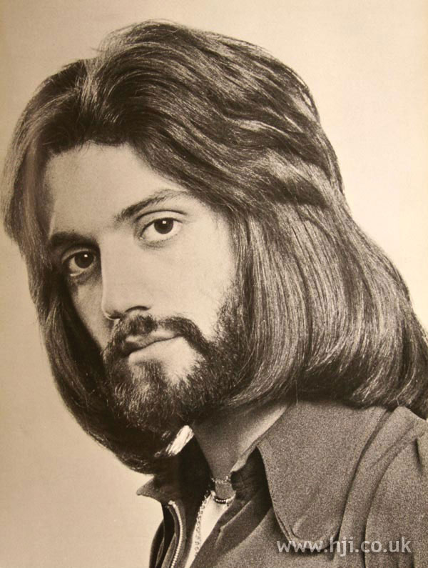 1970s long layered men's hairstyle