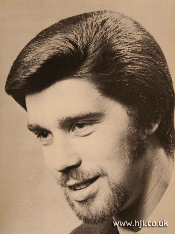 1970s smooth side-parted style