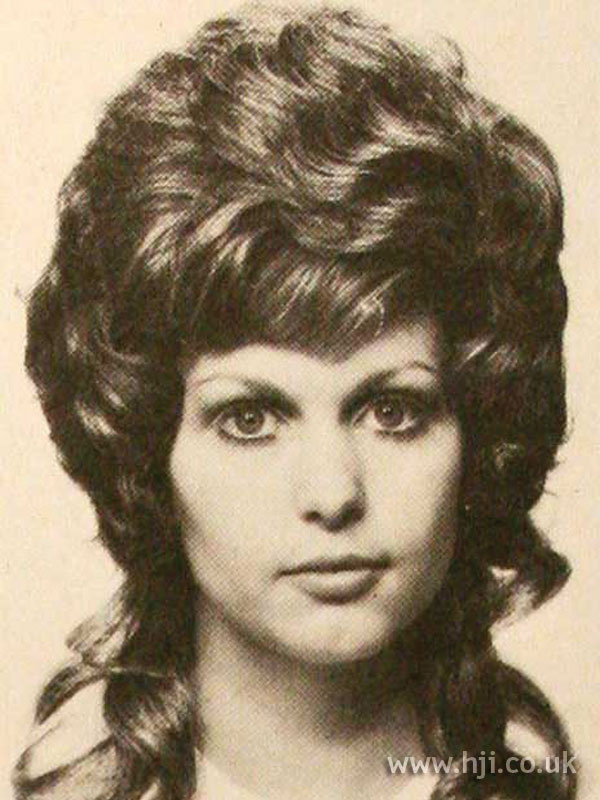 1970s wavy mullet with fringe