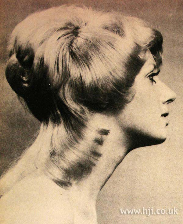 1970s layered mullet with fringe
