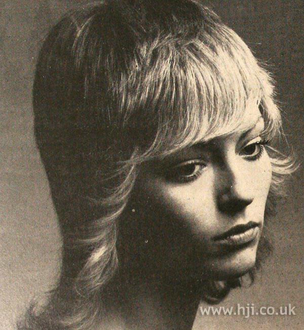 1970s flicked fringe hairstyle