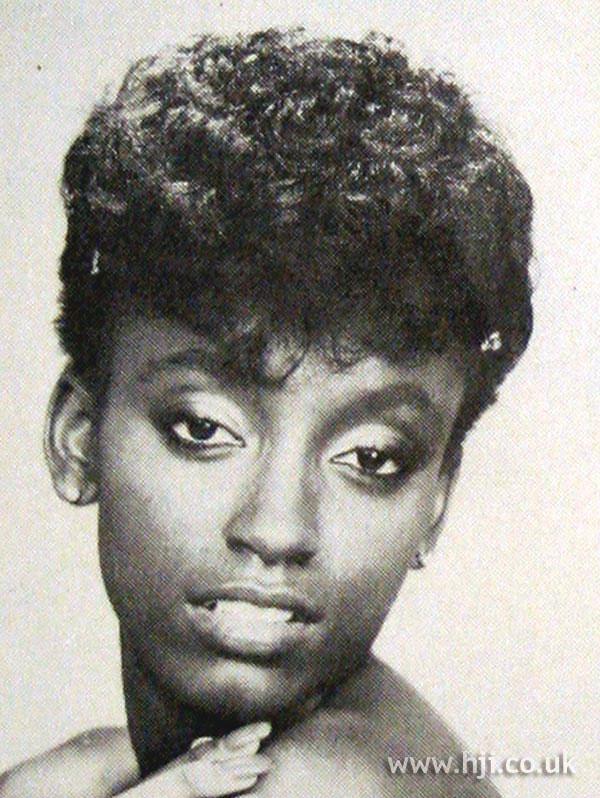 1979 afro fringe hairstyle
