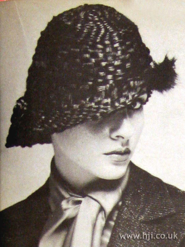 1979 asymmetric hat hairstyle