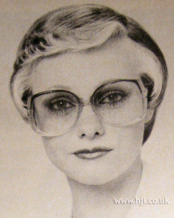 1979 blonde crop hairstyle