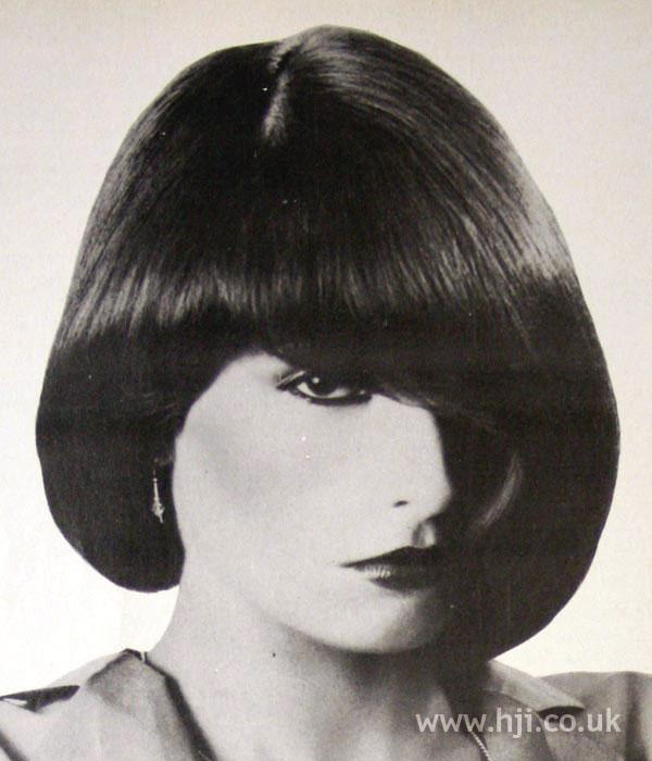 1970s asymmetric bob