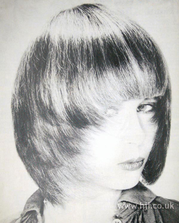 1970s pageboy cut with long fringe