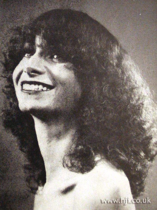 1970 full frizzy curls