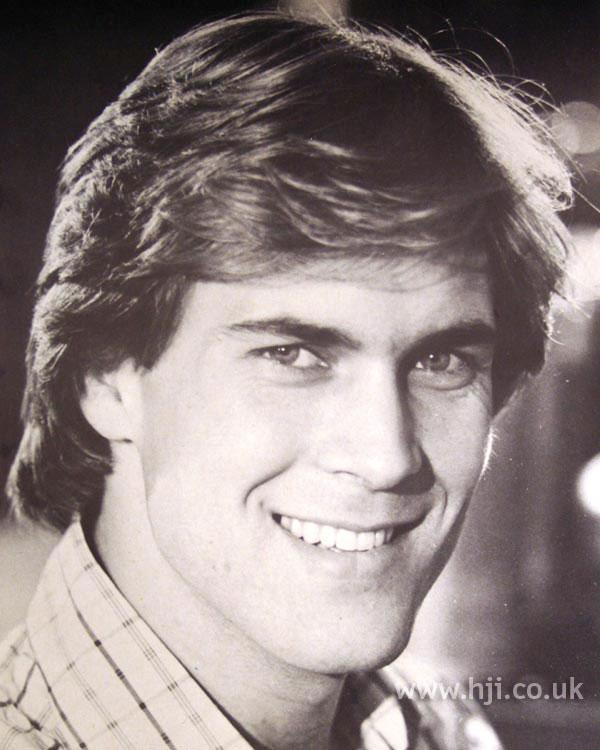 Long layered men's 1970s cut