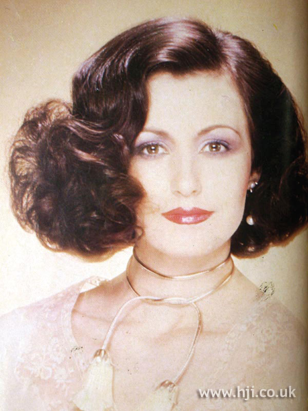 1970s side-parted bob