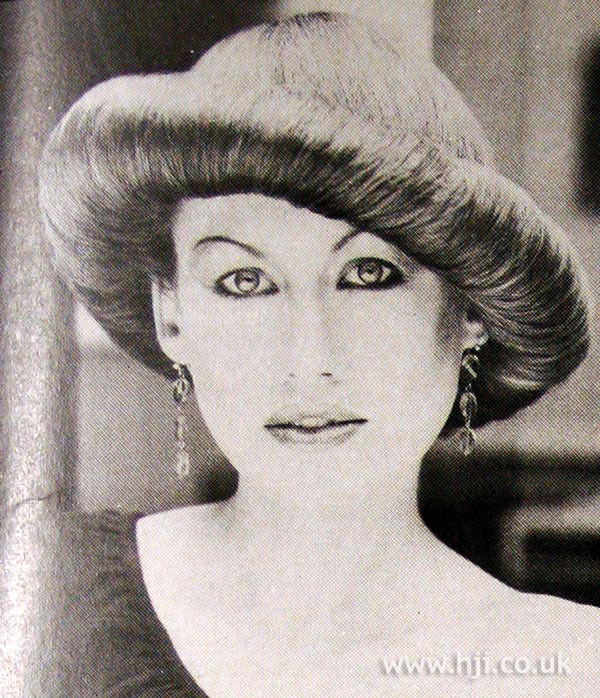 1979 roll hat hairstyle