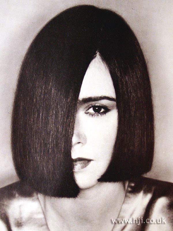 1979 straight brunette bob