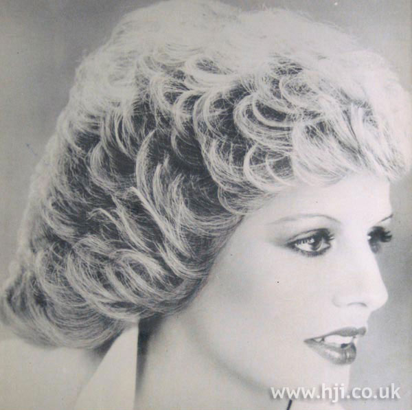 1970s feathered blonde crop