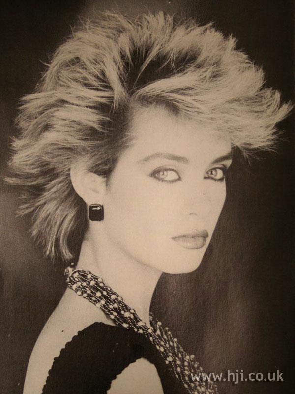 1984 blonde short2