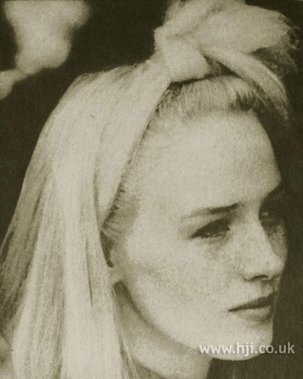 1984 blonde smooth2