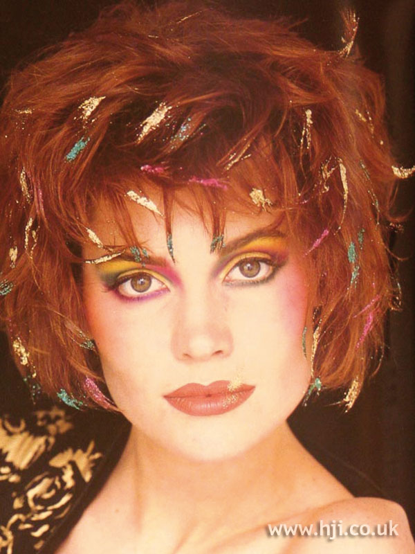 1984 creative glitter hairstyle