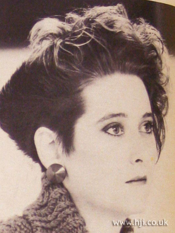 1984 cropped curls