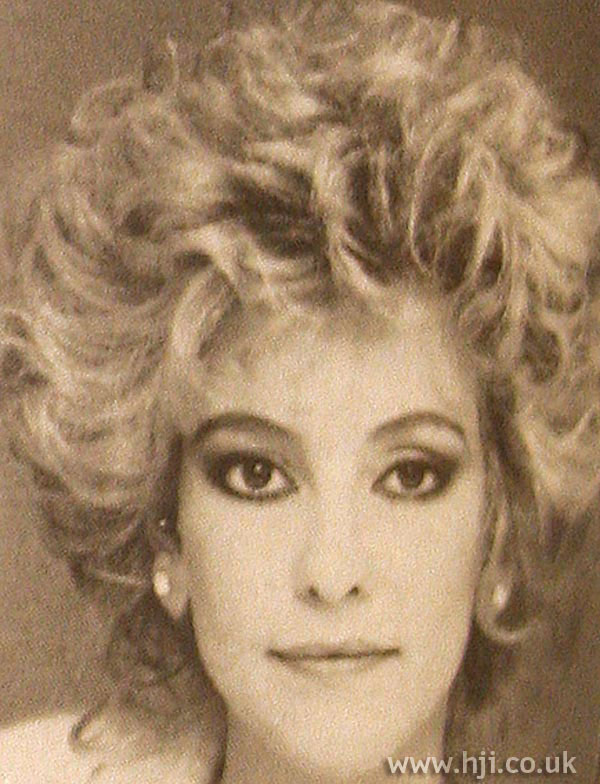 1984 curls updo1