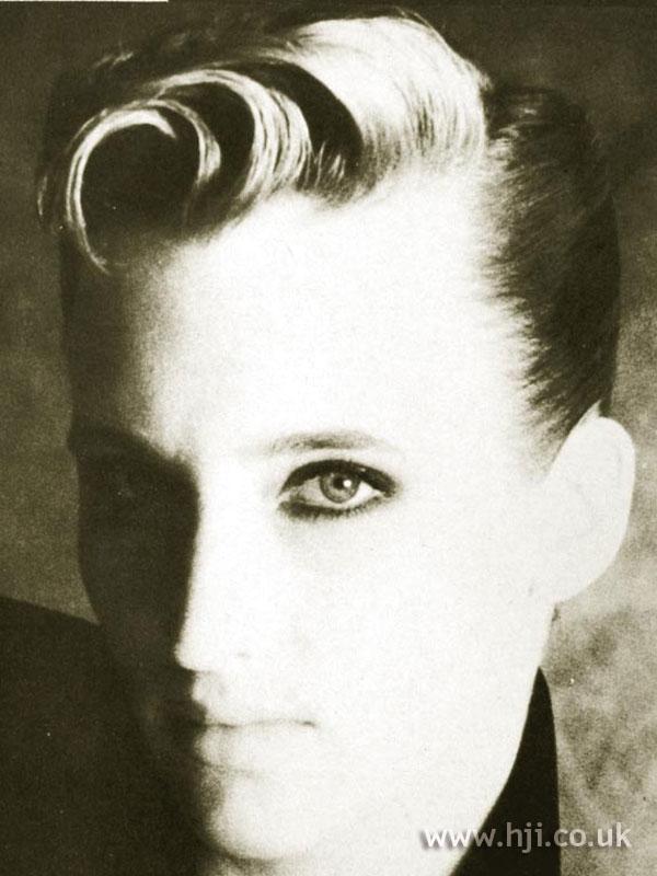 1984 short quiff hairstyle