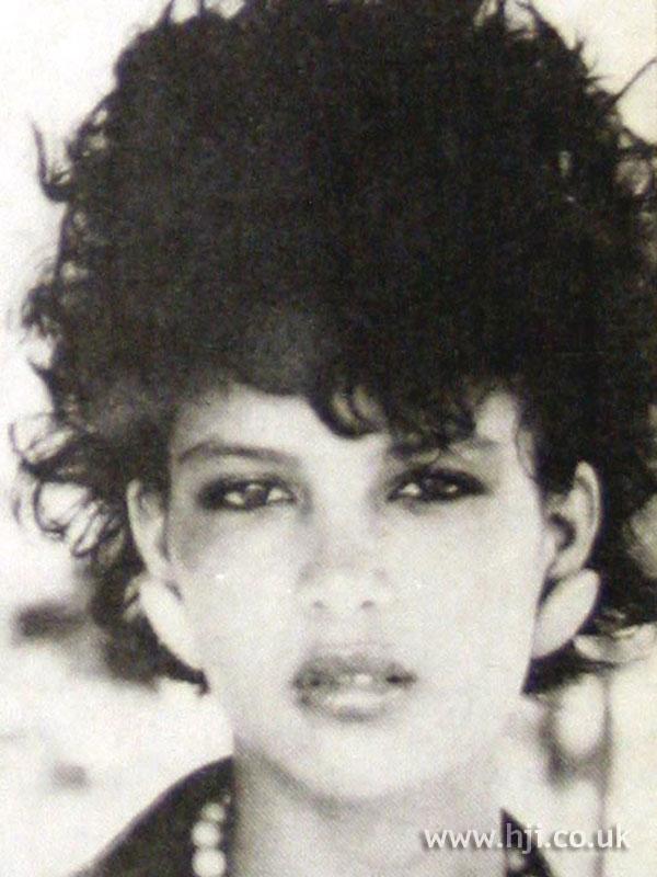 1984 short curls4