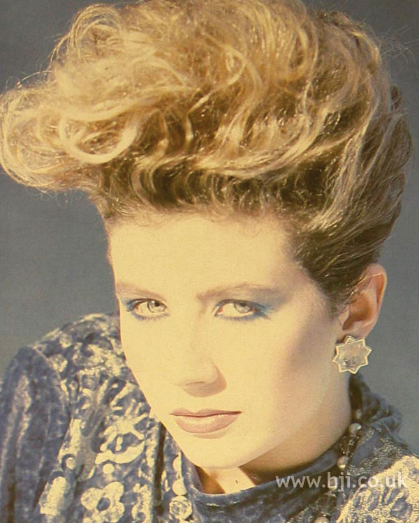 1984 updo waves