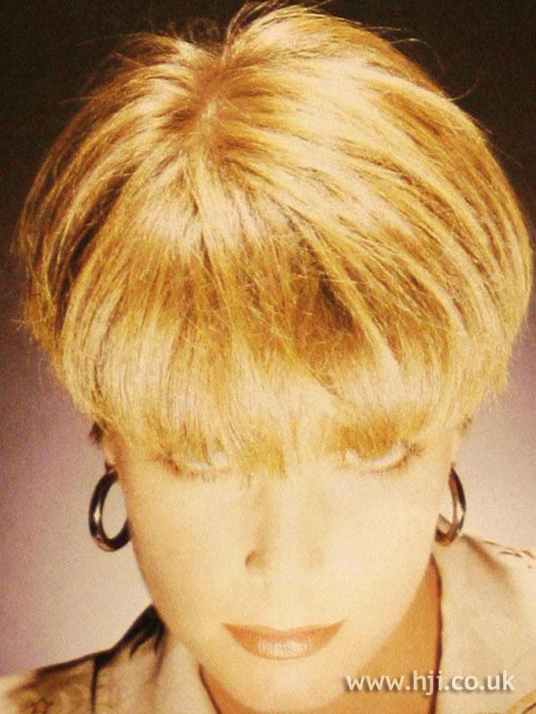 1986 blonde bob2