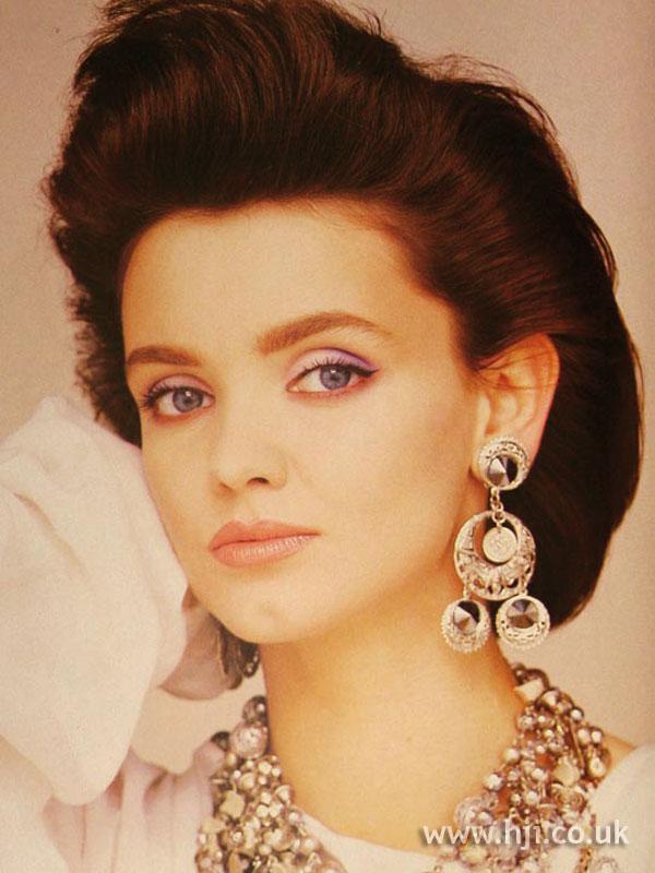 1986 brunette quiff1