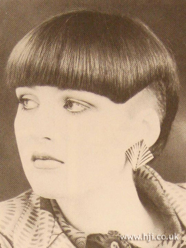 1986 cropped bob hairstyle